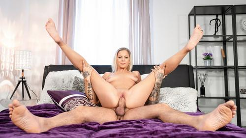 Sexy Julia Parker Blonde Orgasm Hunter Is Satisfied Porn 2018 HD .