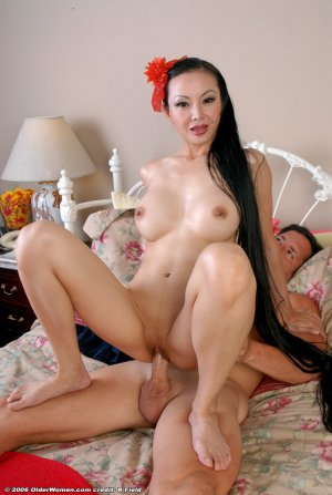 Beautiful Japanese Milf With Very Long Hair Sex HD.