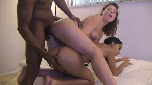 Sexy Amateur Hot Wife Fuck Hard A Big Black Cock HD.