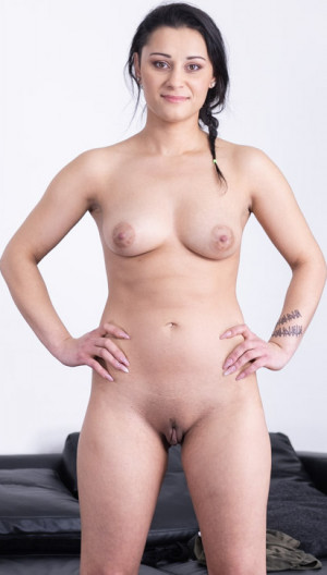 Stunning Hot Amateur Gipsy Fuck A White Cock Porn Debut.