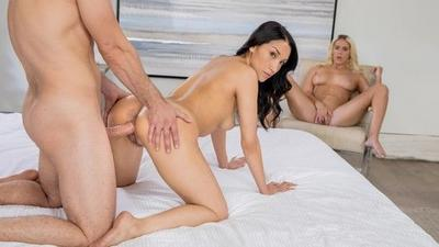 Hot Threesome Sex With Two Beautiful Pornstar.