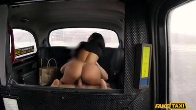 Gorgeous Big Ass Latina Fucks A Big Cock In The Car.