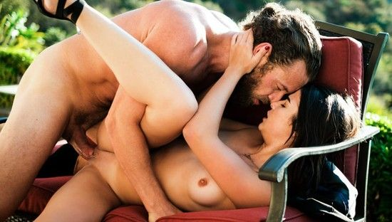 Very Beautiful Outdoor Sex With A Very Hot Teen.